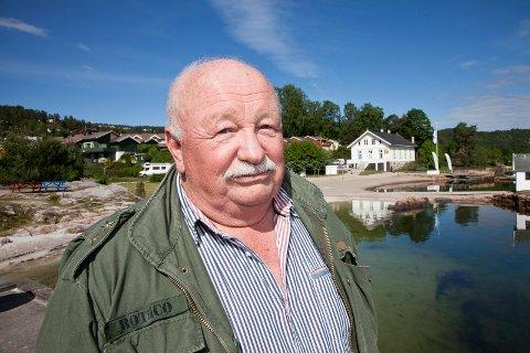 John Arntsen har vært aktiv politiker i mange år. Nå stiller han seg til disposisjon for nye Asker Pensjonistparti.