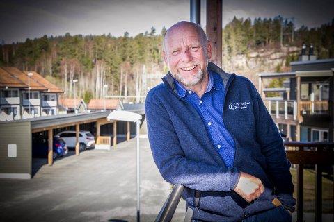 MER FRITID: Rune Svensson har valgt pensjonisttilværelsen sammen med kona istedet for jobb. - Men jeg ser for meg å ta noen oppdrag, kanskje også holde foredrag om noen fortsatt vil høre på meg, sier han muntert.