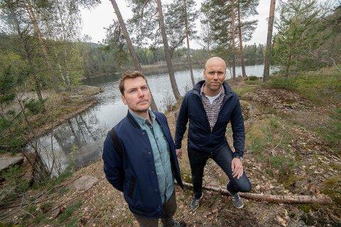 POPULÆRT: Frederik Kolderup (t.v.) og Mark Suiker mener det blir helt feil å bygge ut det foreslåtte området med boliger.
