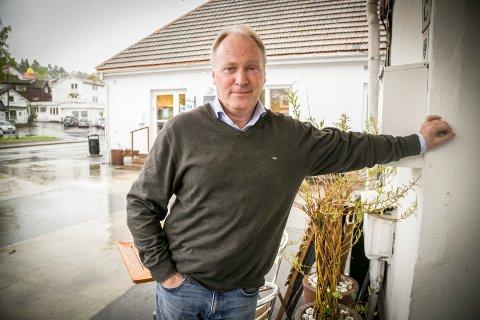 STYRER VIDERE: Sten-Arthur Sælør har gjort det til sitt livsverk å transformere Slemmestad. – Dette er et langsiktig prosjekt, men jeg håper vi kan komme i gang i 2021, sier han.
