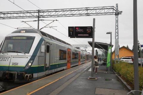 FLEST PASSASJERER: Spikkestadbanen har hatt flest passasjerer så langt av de lokale togstrekningene.