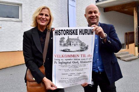 1837: Ordfører Monica Vee Bratlie og kommunedirektør Lars Joacim Tveit i Hurum ser fram til den store markeringen på Inglingstad gård som markerer at Hurum kommune snart går over i historien. - Det blir et historisk formannskap som setter sluttstrek der det begynte, i stua på Inglingstad, sier Bratlie.