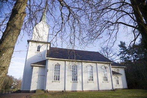 DEKKET UNDERSKUDDET: Hurum-kirken fikk ekstra penger fra kommunen for å dekke inn et underskudd. Her ved Holmsbu kirke.
