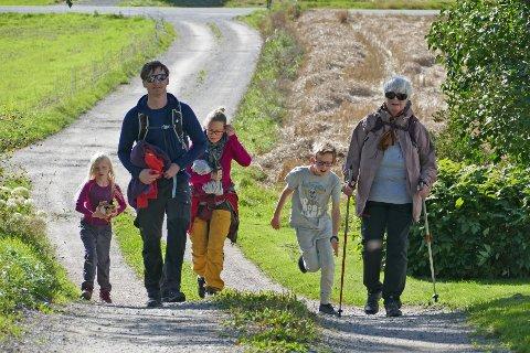 30 ÅR: Gjennom vakker Røyken-landskap går Oldtidsmarsjen. I år ble den arrangert for 30. gang.
