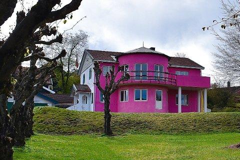 SKILLER SEG UT: Dette huset i Åros skiller seg uten tvil ut i mengden.
