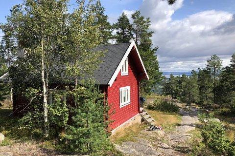 NYÅPNET Wentzelhyttas historie går tilbake til  1896.Hytta er ny nyrenovert og driftes av  DNT Oslo og Omegn og Asker Turlag .