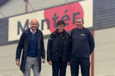 SELGER: Regionsdirektør i Optimera, sammen med Mette Reiner-Vestli og Kjell Vestli. Ekteparet ser fram til pensjonisttilværelsen, men de har på ingen måte planer om å gi seg helt.