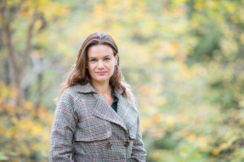 FORFATTERMØTE: Ruth Lillegraven kommer til forfattermøte på Slemmestad bibliotek 30. september. - Hun tar noen spesielle grep som er unike i forhold til sjangeren, sier Linda Solheim.