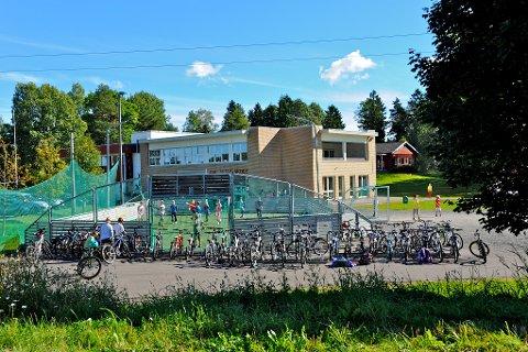 I pressemeldingen fra kommunen blir det bekreftet at rådmannen ønsker å legge ned Galleberg skole.