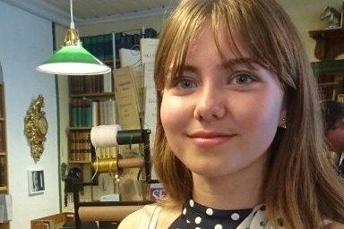 Jenny Bonden (17) skulle egentlig være statist, men endte opp med en mye større rolle.