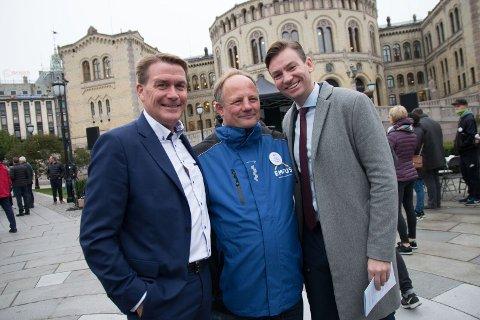 Viggo Nordby Holtan møtte Kårstein Eidem Løvaas og leder av finanskomiteen for Høyre Henrik Asheim.