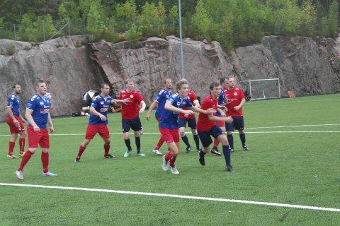 Seier: Det ble en fortjent seier til Sande etter at målscorer Vetle Gurrik kom på banene. Foto: Trond-Egil Groth