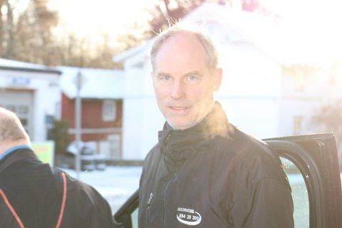 Taxisjåfør Sven Sjøgren har opplevd både innpåslitne sjåfører og frekke forbikjøringer rett før avkjørsler.