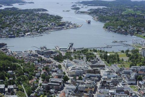Indre havn: Med koblingen til gangveien fra Gokstad kystlag vil den urbane kyststien være sammenhengende fra Framnes til Stub. Foto: Olaf Akselsen