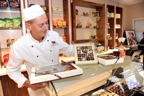 RAMMER VILKÅRLIG: Rolf Rune Forsberg hos Hval Sjokoladefabrikk mener sjokolade- og sukkeravgiften ikke har noen legitim helsemessig begrunnelse, ettersom den rammer vilkårlig og uten tanke for produktets helsemessige virkninger.