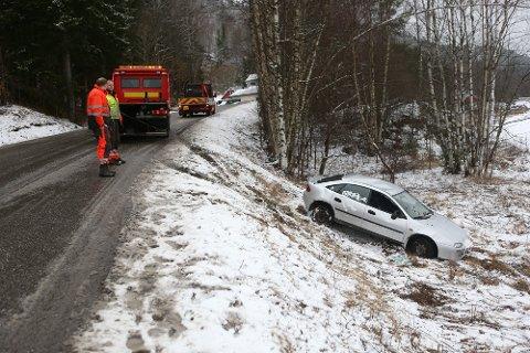 AVPASS FARTEN: Viking og Falck melder om svært glatte forhold på veiene i Vestfold, og flere utforkjøringer. Arkivfoto: Geir Eriksen