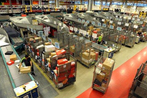 I FARE?: Arbeidplasser på sorteringsterminalen i Borgeskogen kan være i fare....