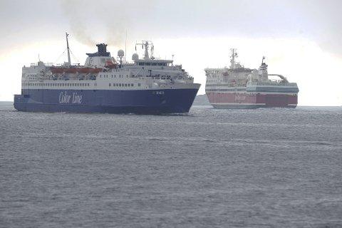 SLÅTT SEG TIL RO: Color Line og Fjord Line har lenge vært uenige, men nå ser det ut som rederiene har lagt feiden død. Begge ferjeselskapene har sagt seg fornøyd med de nye seilingstidene fra 2020.