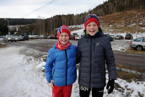 BRØDRE: Lars og Oskar Opstad Vike fra Andebu vant hver sin klasse.