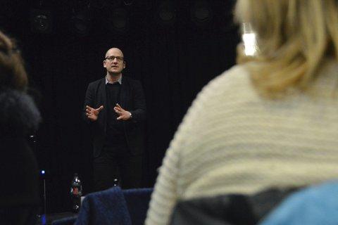 Besøkte Sandefjord: Utdanningsforbundets leder, Steffen Handal, deltok på lokallagets medlemsmøte tirsdag kveld. Han fikk også med seg et møte med den nye SAS-ledelsen.