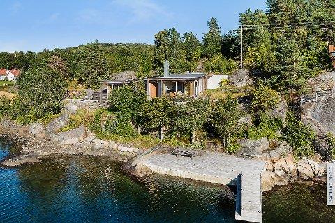 PERLE: Denne hytta i Øyaveien gikk for 16,5 millioner kroner nylig. (Foto: Eiendomsmegler1)
