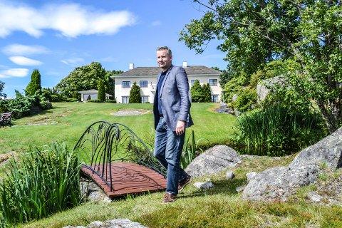 Mokollen: Thomas Hoel Eriksen har kjøpt eiendommen Mokollveien 20. Nå jakter han investorer for å bygge seniorsenter.