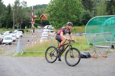 Per Kristian Kirkhus var raskest inn til veksling fra sykkel til løp, og ble til slutt nummer to.