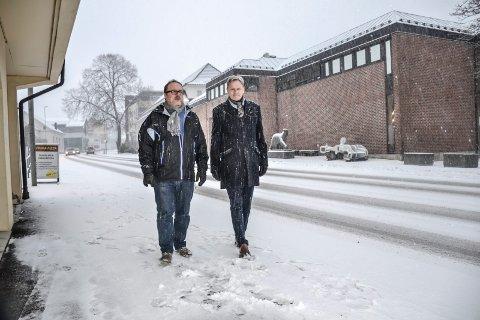 INTEGRERINGSARENA: – Vi ser fram til å møte mange lærevillige elever, sier Hvalfangstmuseets daglige leder Dag Ingemar Børresen (t.v.). Her sammen med direktør ved Vestfoldmuseene, Nils Anker. (Arkivfoto: Paal Even Nygaard)