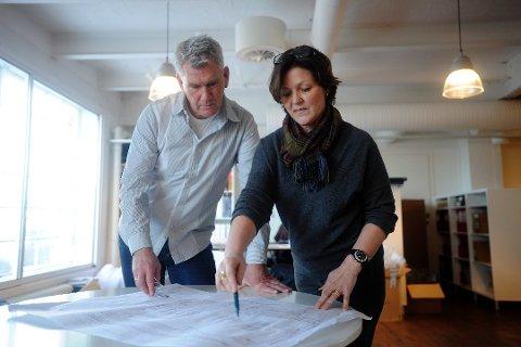 MED I KAMPEN: Gullik  Gulliksen og Heidi Borgersen er to av Sandefjord-arkitektene som er del av Team G8+.