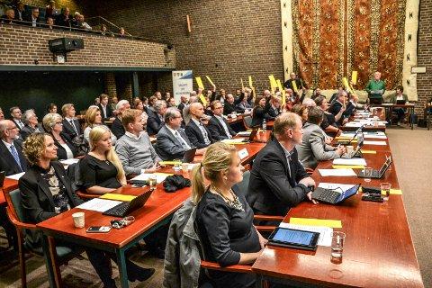 VENTER EN UKE: Problemer med å hente ut digitale dokumenter gjør at kommunestyremøtet 2. mai må utsettes til 9. mai.