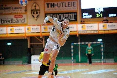 Flytter hjem: Runar-kapteinen Andreas Thynell kommer ikke til å spille i den hvite drakta neste sesong. Etter tre år i Haukerød-klubben vender han hjem til Sverige.