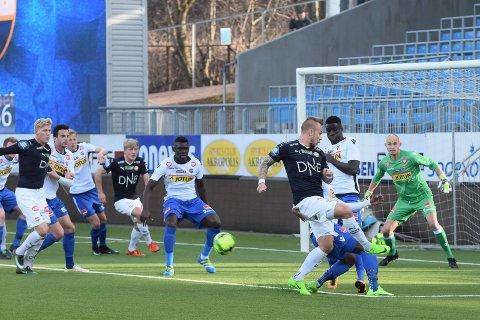 2–2 mot Strømsgodset i Drammen åtte dager før seriepremieren mot Lillestrøm på Åråsen. Det var en oppløftende generalprøve etter flere svake resultater tidligere i oppkjøringen. Foto: Øystein Sørumshagen
