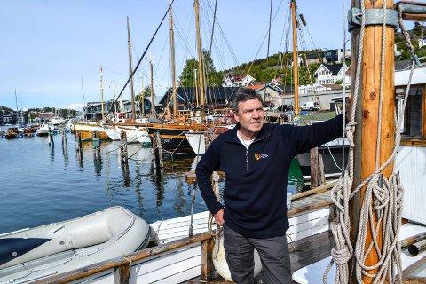 KYSTLAGET: Bjørn Navjord har i flere år vært leder i Gokstad kystlag. Bildet er tatt i forkant av landsstevnet, som kystlaget arrangerte i 2015.