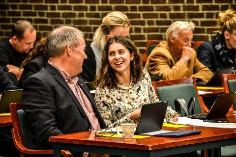 KANDIDAT: Lozan Balisany (Ap) er 3. kandidat fra Vestfold ved høstens stortingsvalg. Her sitter hun sammen med partifelle Arild Theimann i Sandefjord kommunestyre.
