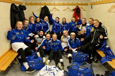 FOSSER VIDERE:  SF kvinner vant hele 19–0 mandag kveld, etter å ha ledet 7-0 til pause.