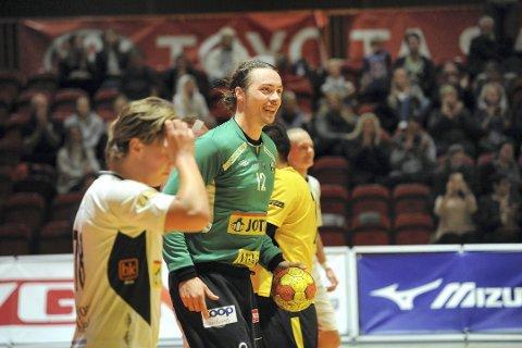 ALL GRUNN TIL Å SMILE: Joachim Søholm Christensen leverte flere solide redninger, både i cupkampen mot Falk, og her i serieåpningen mot Lillestrøm, som Haukerød-laget vant 30-25.
