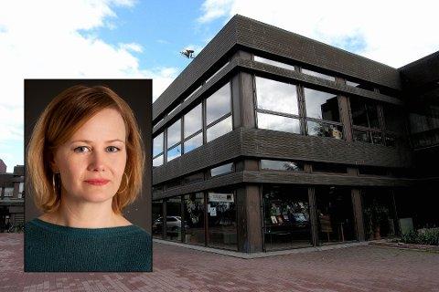 KOMMER TIL SANDEFJORD: 33 kvinner og to menn så langt meldt seg klare for Sigrid Sollunds foredrag om hersketeknikker i Sandefjord bibliotek. (Foto: Olaf Akselsen/Innfelt pressefoto: Sturlason/Kagge forlag)