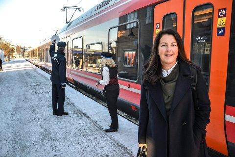 TILGJENGELIG: Planleggingssjef Hanne Sophie Solhaug er blant dem du kan møte når BaneNOR og Sandefjord kommune intivterer til åpent kontor mandag 8. januar.