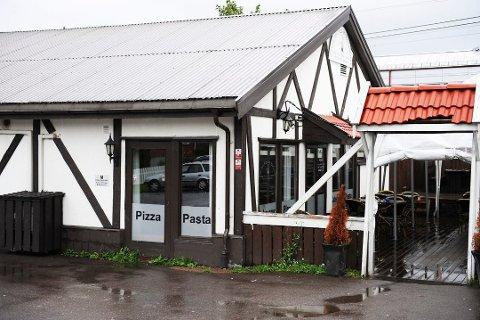 STREKMUNN: Pavarotti Pizza i Stokke har fått tildelt en strekmunn av Mattilsynet.