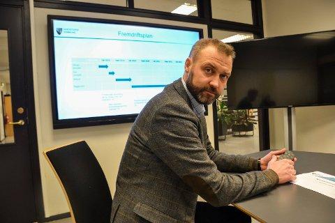 INFORMERER: Kommunalsjef Geir Bjelkemyr-Østvang inviterer folk til åpent møte 12. desember for å informere om planarbeidet for det nye sykehjemmet. Fristen for å komme med innspill er 6. januar.