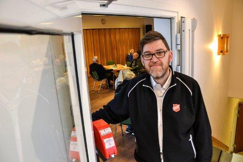HJELP OVER KNEIKA:  – Livskriser kan ramme hvem som helst og når som helst. Vi er her for å hjelpe dem over kneika, sier Rune Berg, korpsleder i Frelsesarmeen.
