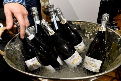 BOBLER: I fjor solgte Vinmonopolet 250.000 liter musserende vin i romjula. I år kommer de til å selge enda mer.