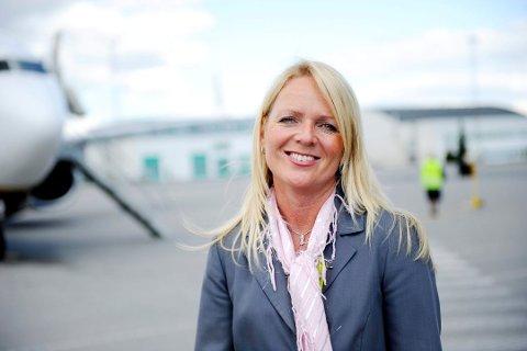 GLEDER SEG: Markedssjef på Torp, Tine Kleive-Mathisen, er svært fornøyd valget av trasé for dobbeltsporet.