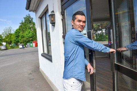 DREVET I ET DRØYT ÅR: I juni 2018 åpnet Than Tung Pham en ny sushi-restaurant i Sandefjord. ARKIVFOTO: Paal Even Nygaard
