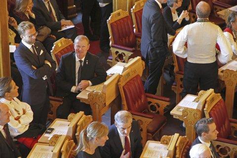 Livet på Stortinget: Dette har vært et svært lærerikt og spennende år, skriver Høyre-representanten Erlend Larsen (midt på bildet). Foto: Anette Larsen