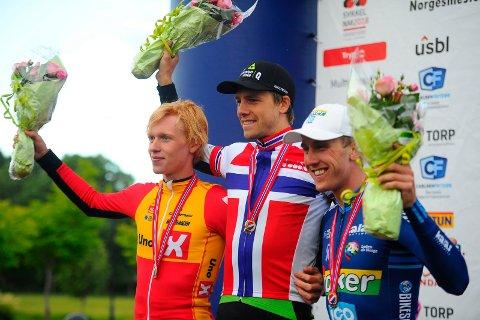 PALLEN: Andreas Leknessund (sølv), NM-vinne Edvald Boasson Hagen og Kristoffer Skjerping (bronse).
