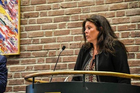 FLERE MODELLER: Varaordfører Cathrine Andersen (FrP) vil se på flere ulike modeller for bygging av omsorgsboliger. Det fikk hun kommunestyret med på.