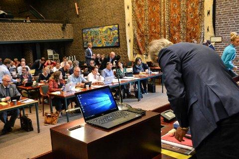 KOMMUNESTYRET: Med 56 mot én stemme sier kommunestyret nei til å gi mer i erstatning til grunneiere i Industriveien.