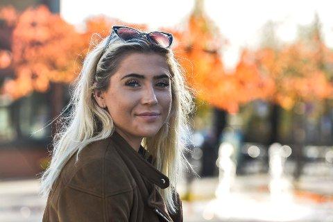 Sofie Eika (18) droppet ut av skolen og ble med i Christian Radichs Windjammer-prosjekt. Ombord i skuta lærte hun mye om både livet og seg selv.