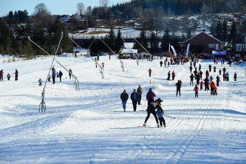 SKISESONG: Lørdag står den første løypa i Storås klar for sesongen.